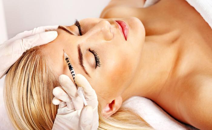 Botox: Was tun gegen Kopfschmerzen nach der Behandlung?