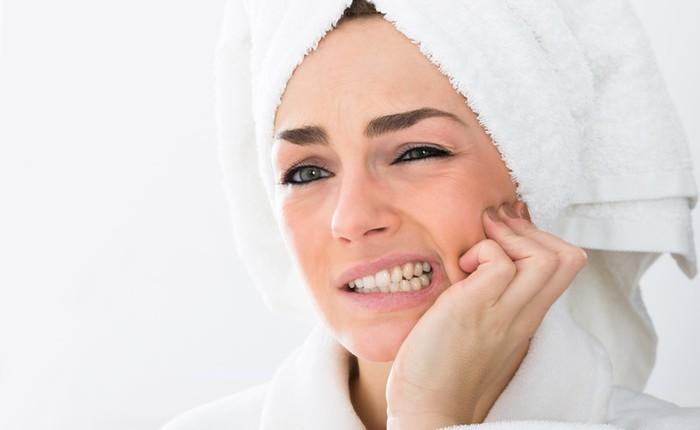 Schmerzhafte Apthen: Wie wird man sie am schnellsten wieder los?