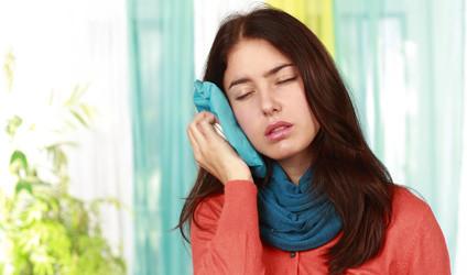 Kieferschmerzen: Ursachen und Behandlungsmöglichkeiten